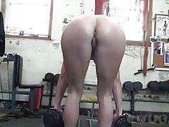 Dewasa claire mendapatkan beberapa pov meraba-raba di gym